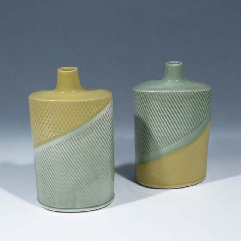 Suleyman Saba SS9+SS10_Yellow and Green Flasks stoneware hh14 x 8-5 cm h15 x 8-5 cm