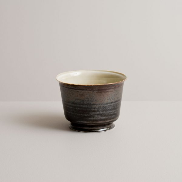 Olen Hsu Tea bowl in variegated green and feathery silver black glazes Porcelain 11 x 10 cm.
