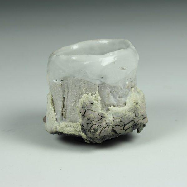 Eddie Curtis ECU14. Sake cup, Stoneware with Shino glaze h6 x 6 cm