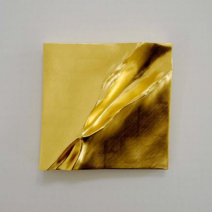 Simon Allen Sandform study 4, 23.5ct Gold on carved wood 29 x 29cm
