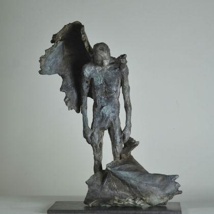 Anna Gillespie Broken, Bronze Ed. of 9 h32 x 22 x 15 cm