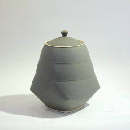 Sun Kim C1 Large Lidded Jar h24 x 16-5cm