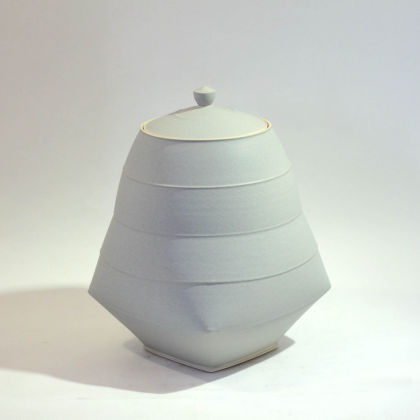 Sun Kim C2 Medium Large Lidded Jar h19-5 x 13-5cm