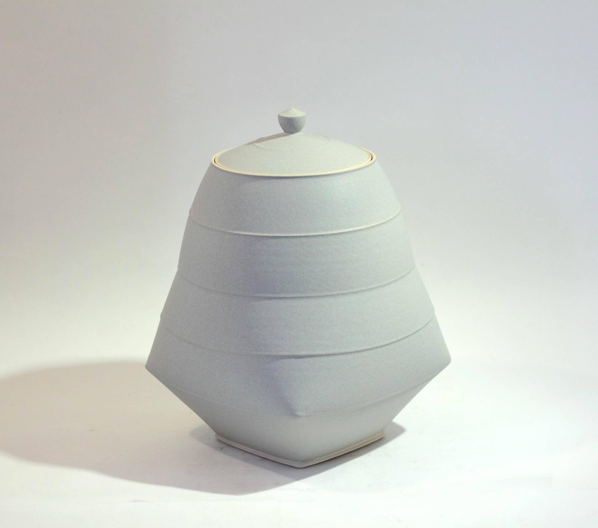 Sun Kim C2 Medium Large Lidded Jar h19-5 x 13-5cm