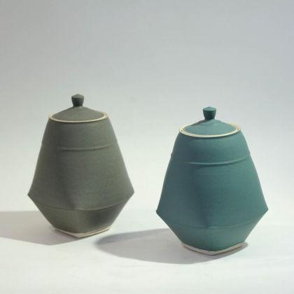 Sun Kim C5-C6 Small Lidded Jars h13 x 8cm