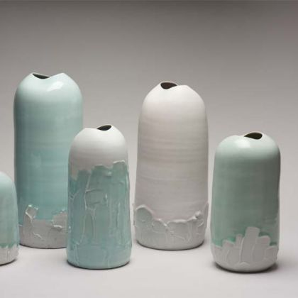 Tanya Gomez Five Slip Pots, Porcelain Heights 17,29, 38, 28 cm.