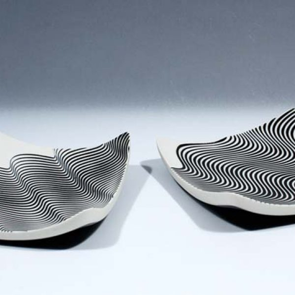 Suleyman Saba SS22+SS23_Pair of porcelain square wave dishes d17 x 17 cm