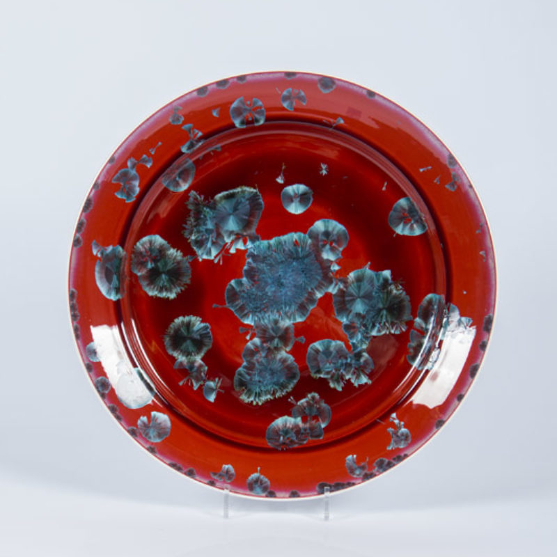 Matt Horne 35. Large Red and Blue Plate, Porcelain with Crystalline Glaze h6 x Ø45 cm.