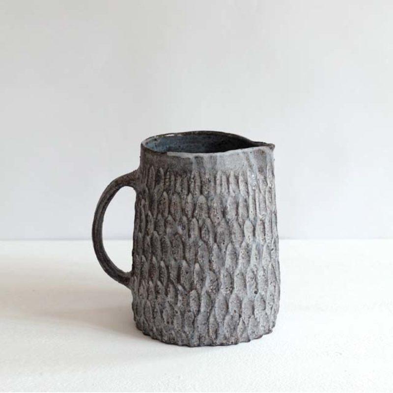 Akiko Hirai H15. Dry Kohiki Jug, Stoneware h18 cm.
