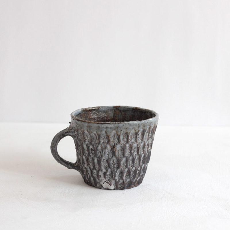 Akiko Hirai H53 Dry Kohiki Mug, Stoneware h8 cm.
