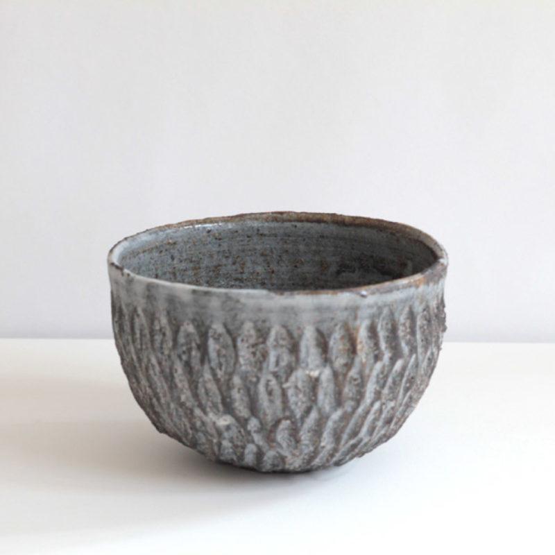 Akiko Hirai H61. Dry Kohiki Bowl, Stoneware d13 cm.