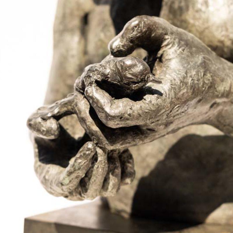 Beth Carter Large Minotaur Bust (with Bird), Bronze h51 x 25 x 25 cm.