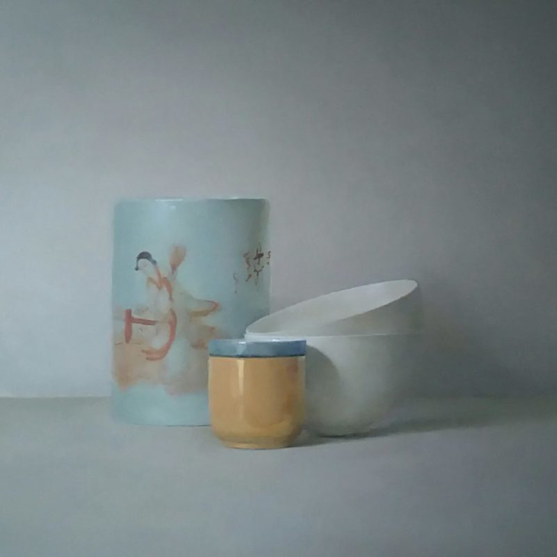 Helen Simmonds Chinese paint pot, bowls and cup, Oil on linen 41 x 51 cm.