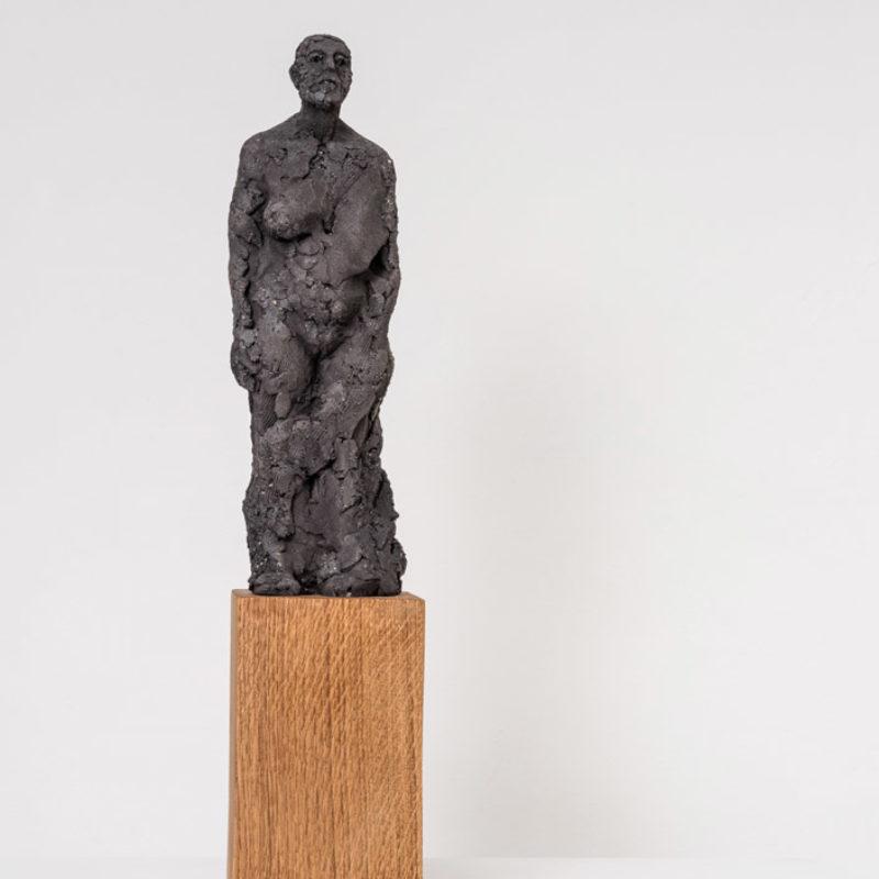 Anna Gillespie, Stand, Ceramic 55 x 11 x 11cm
